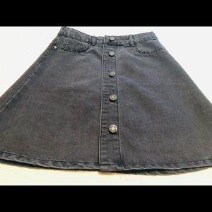 Black Short denim skater skirt by noisy may size m
